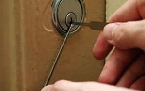 Door locks Ilkley
